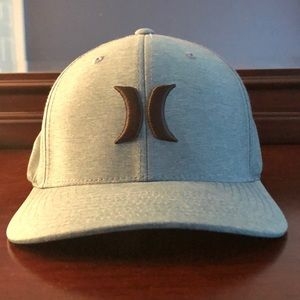 Hurley flexfit hat